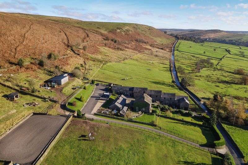 4 Bedrooms Country House Character Property for sale in Pearls Farm, Wildboarclough SK11