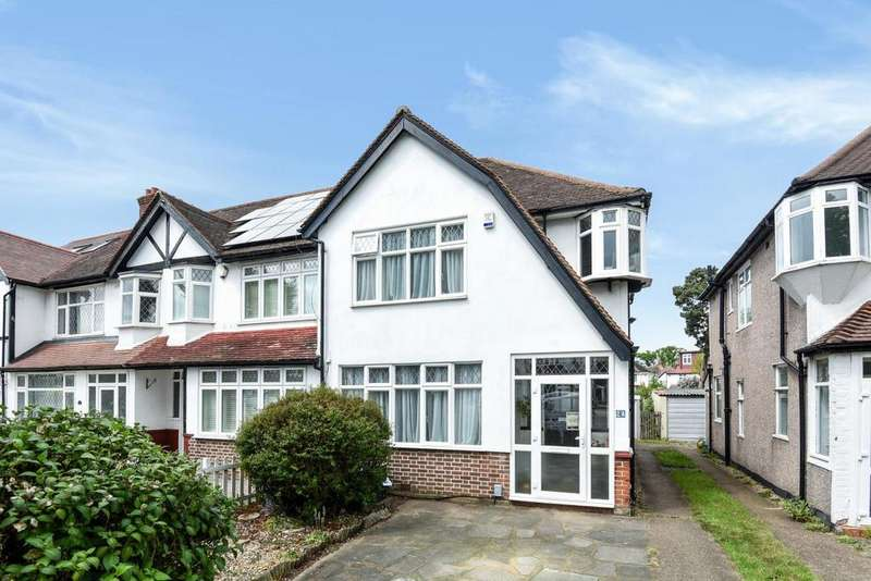 3 Bedrooms Terraced House for sale in Manor Park Road, West Wickham, BR4
