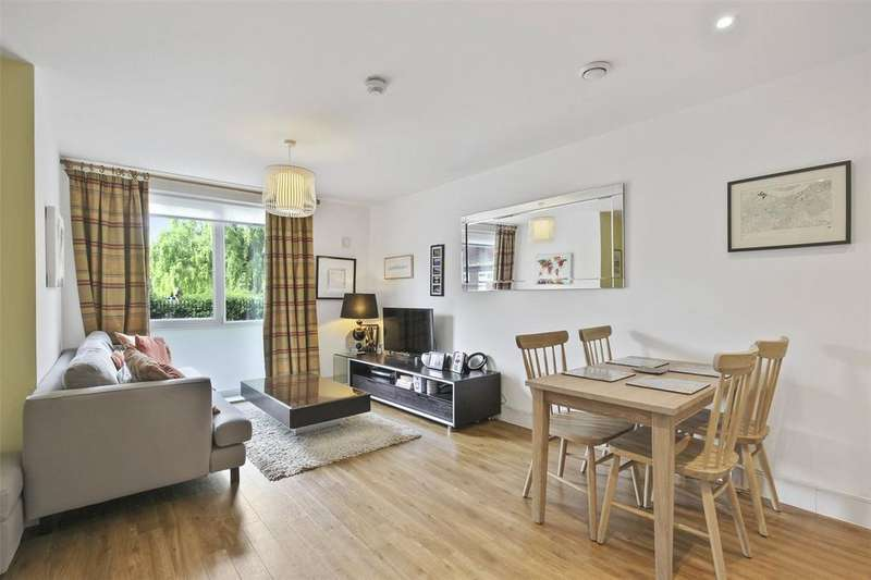 2 Bedrooms Flat for sale in McMillan Street, London, SE8