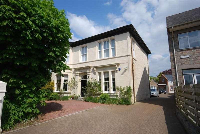 3 Bedrooms Apartment Flat for sale in 1 St Leonards Road, Ayr, KA7 2PR