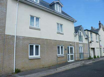 2 Bedrooms Maisonette Flat for sale in 11 Stanley Street, Weymouth, Dorset
