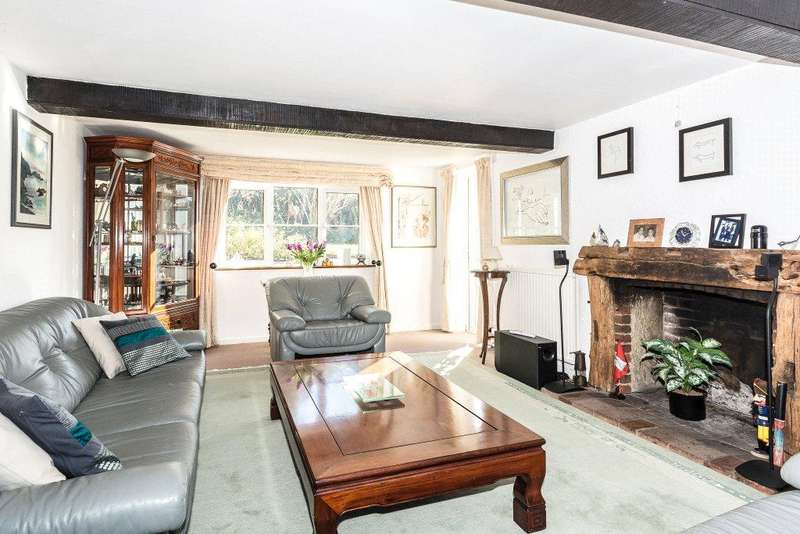 4 Bedrooms Detached House for sale in Little London, Andover, Hampshire, SP11