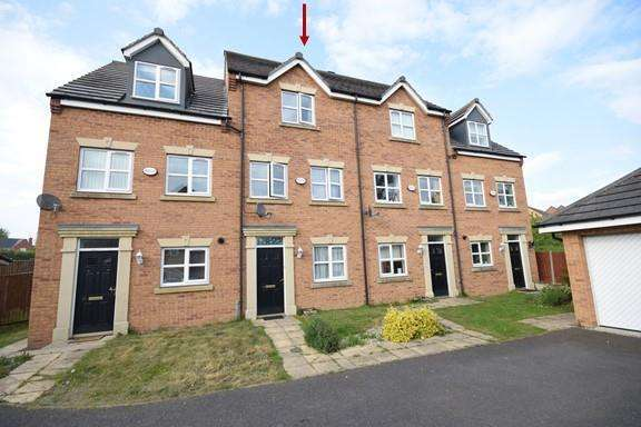 3 Bedrooms Town House for sale in Morse Way, Desborough, Kettering