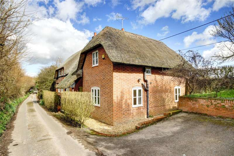 4 Bedrooms Detached House for sale in West Grafton, Marlborough, Wiltshire, SN8