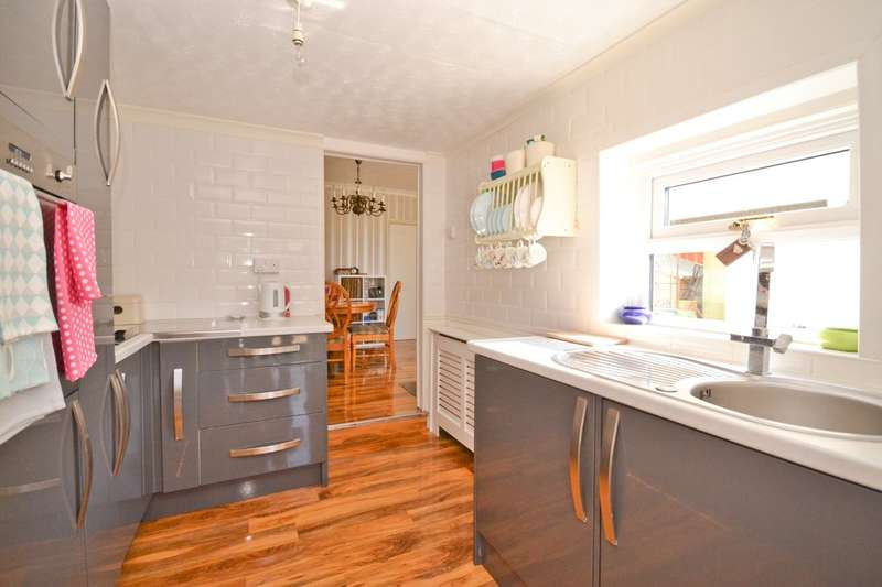 2 Bedrooms Semi Detached House for sale in Shanklin, Isle Of Wight