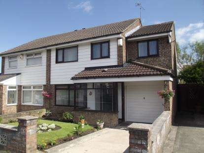 4 Bedrooms Semi Detached House for sale in Trispen Close, Liverpool, Merseyside, L26
