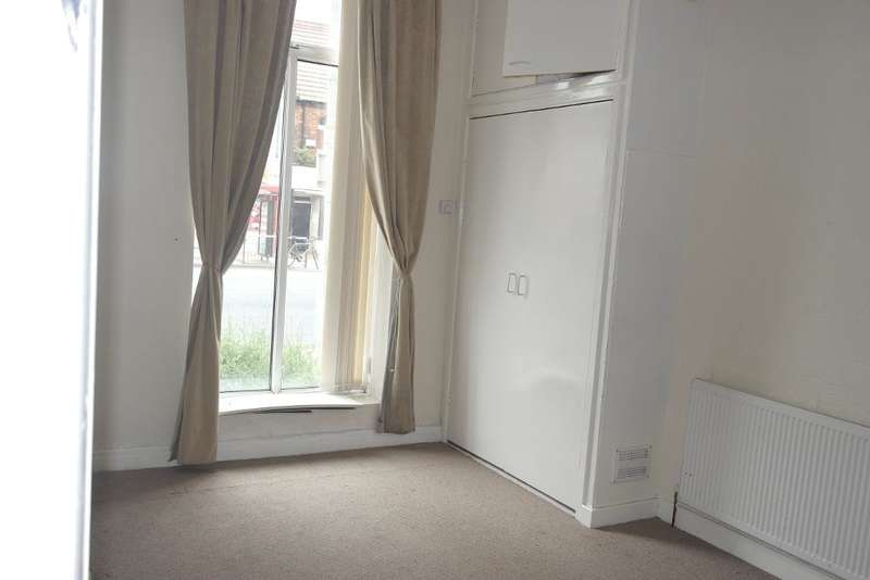 2 Bedrooms Flat for sale in West Park House, Spring Bank, Hull, HU3 1QW