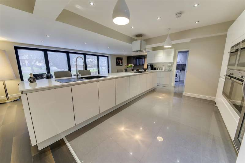 4 Bedrooms Property for sale in Burnley Road East, Whitewell Bottom, Rossendale