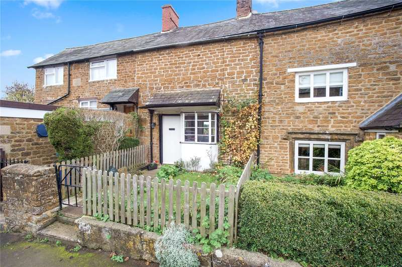 2 Bedrooms Terraced House for sale in High Street, Hook Norton, Banbury, Oxfordshire, OX15