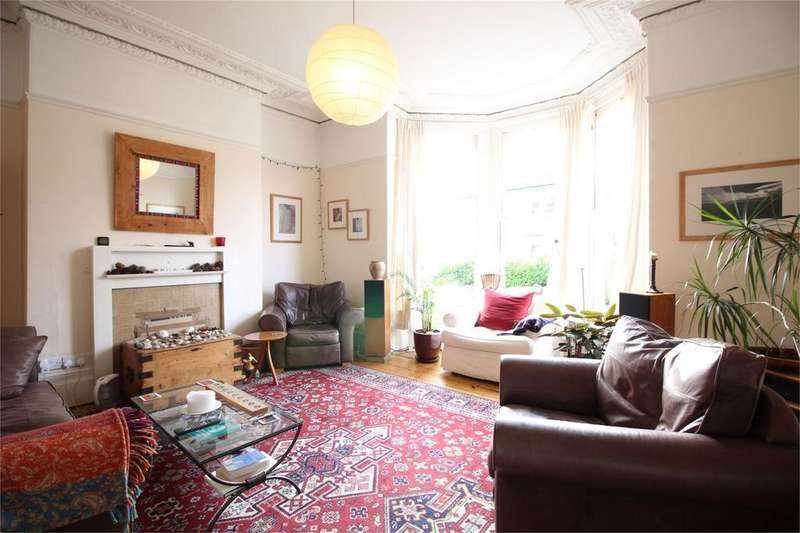 2 Bedrooms Flat Share for rent in Duchess Road, Clifton, Bristol, BS8