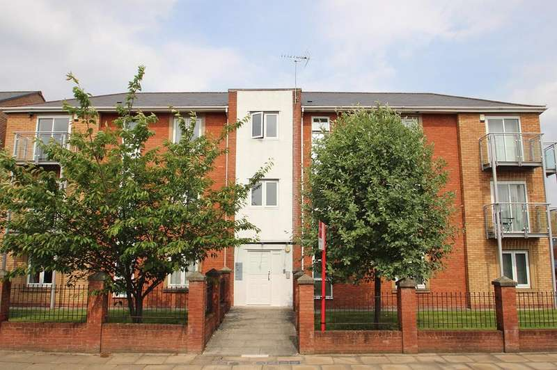 2 Bedrooms Apartment Flat for sale in Chevassut Street, Hulme, Manchester, M15