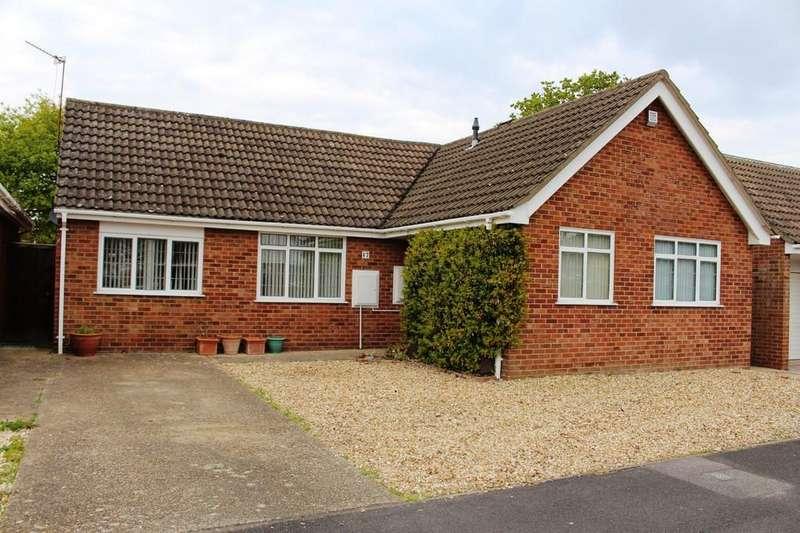 3 Bedrooms Detached Bungalow for sale in Saxon Road, Blackfield