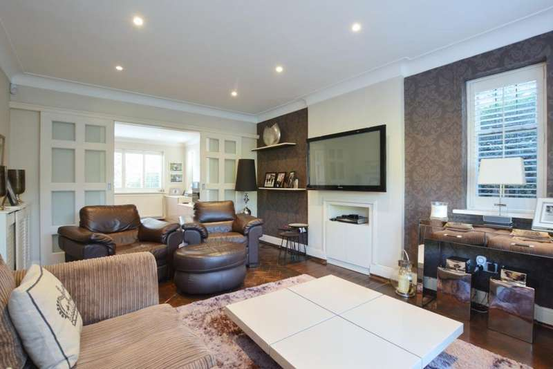 4 Bedrooms Detached House for sale in Greenhalgh Walk, Hampstead Garden Suburb, N2