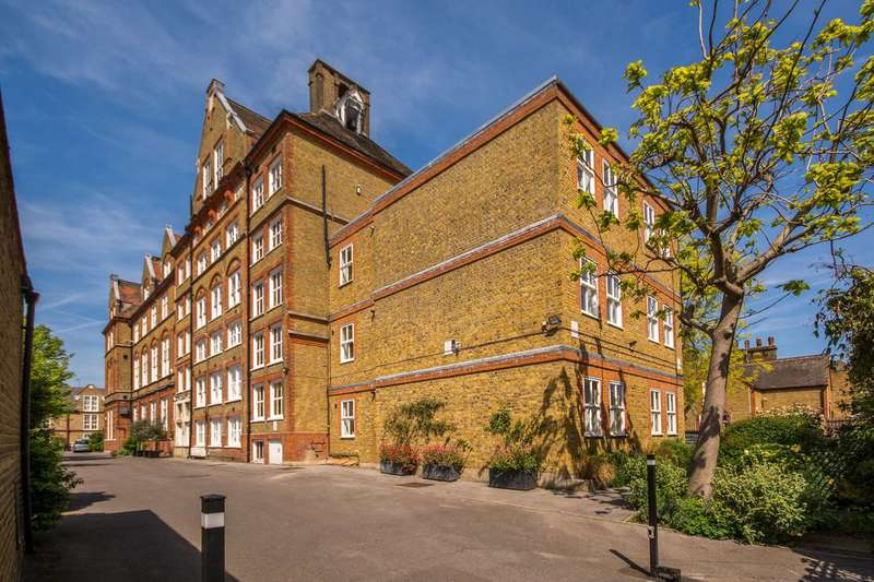 1 Bedroom Flat for sale in Priory Grove, Stockwell, SW8