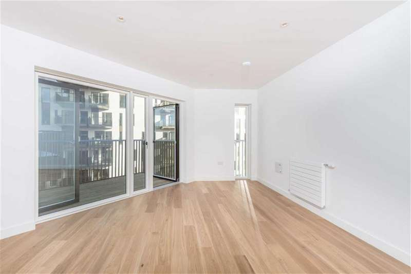 1 Bedroom Property for sale in Lumire, Canning Town, London, E16