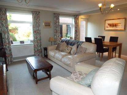 3 Bedrooms Terraced House for sale in West Bergholt, Colchester, Essex