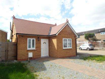 1 Bedroom Bungalow for sale in Romford