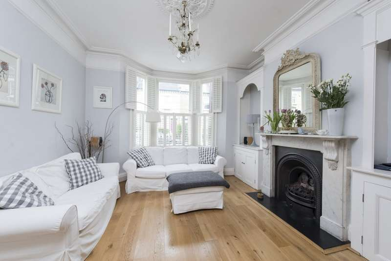 4 Bedrooms Terraced House for sale in Mallinson Road, Battersea, London
