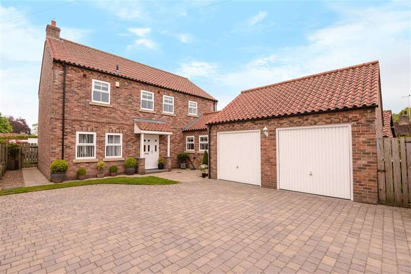 4 Bedrooms Detached House for sale in Main Street, Hayton, York, YO42 1RJ