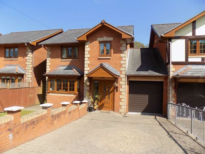3 Bedrooms Link Detached House for sale in Treforgan Road, Crynant, Neath, Neath Port Talbot. SA10