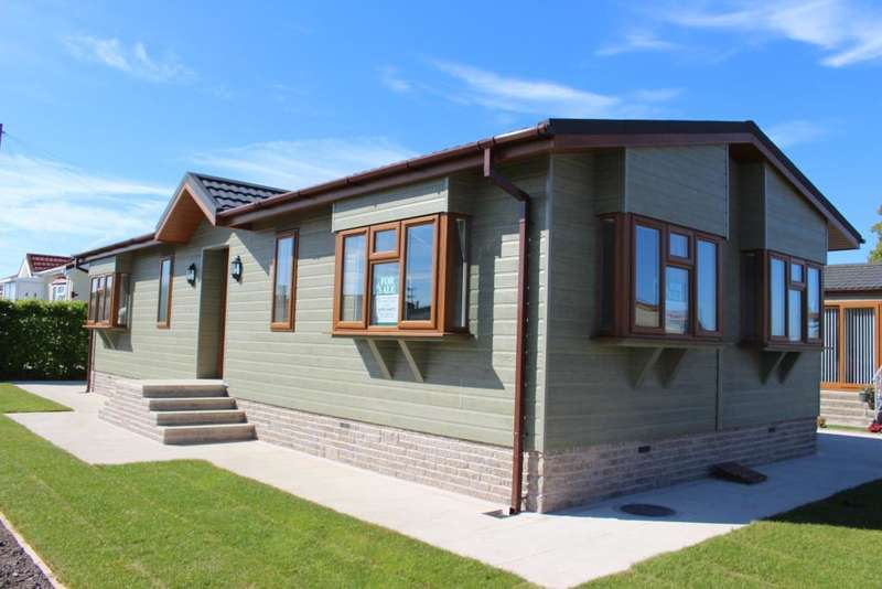 2 Bedrooms Park Home Mobile Home for sale in Acresfield Park, Cabus, Garstang, Lancashire, PR3 1PW