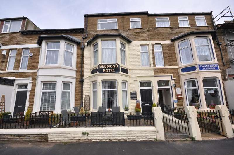 9 Bedrooms Terraced House for sale in Crystal Road, Blackpool, Lancashire, FY1 6BS