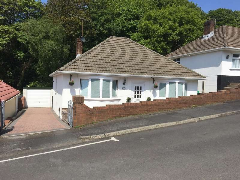 2 Bedrooms Detached Bungalow for sale in Manor Way, Briton Ferry, Neath