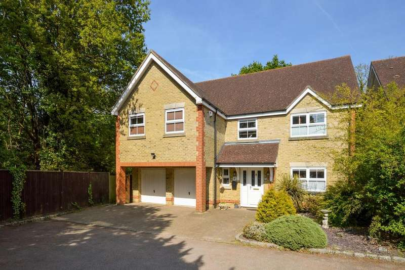 5 Bedrooms Detached House for sale in Ashford, TN24