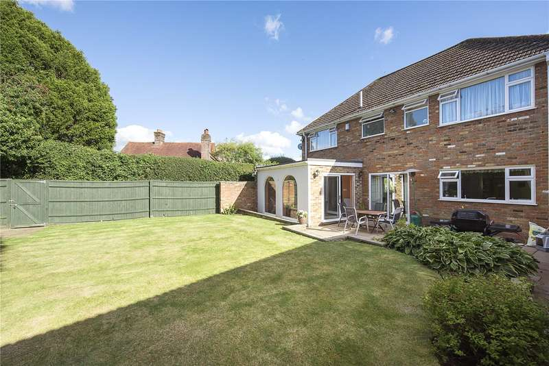 4 Bedrooms Detached House for sale in Chapel Lane, Naphill, High Wycombe, Buckinghamshire, HP14
