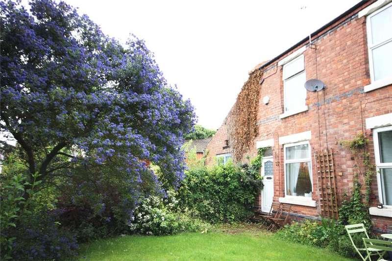2 Bedrooms End Of Terrace House for rent in Buller Terrace, Nottingham, Nottinghamshire, NG5