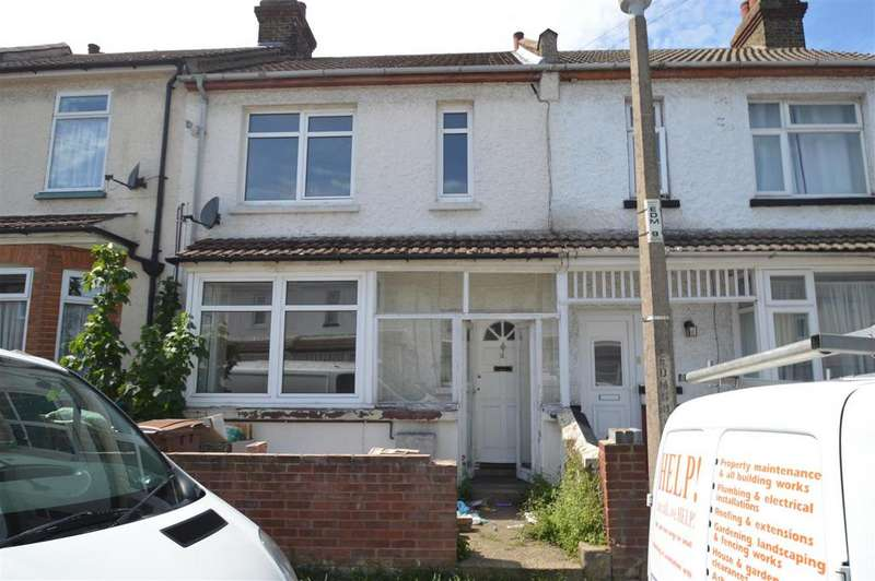 3 Bedrooms House for sale in Ewart Road, Chatham