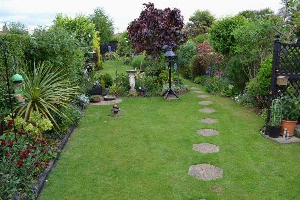1 Bedroom Semi Detached Bungalow for sale in Greville Avenue, Spinney Hill, Northampton NN3 6BY