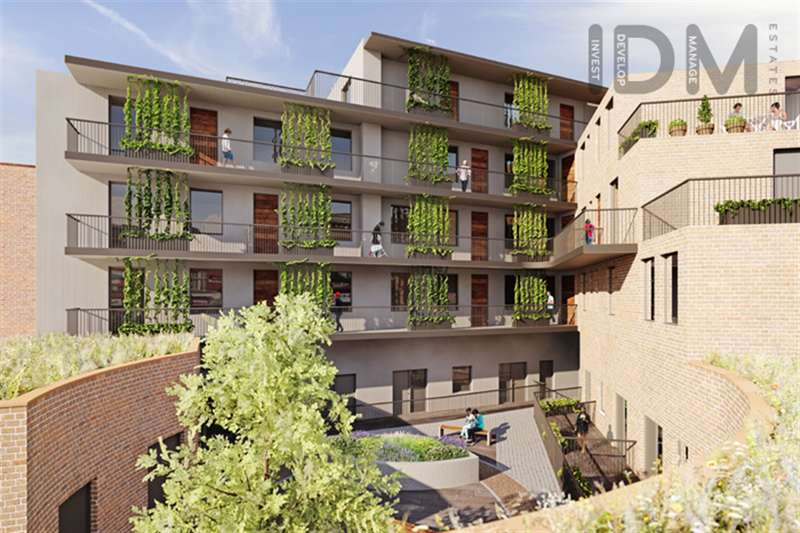 2 Bedrooms Flat for sale in The Triangle, Camberwell New Road, SE5