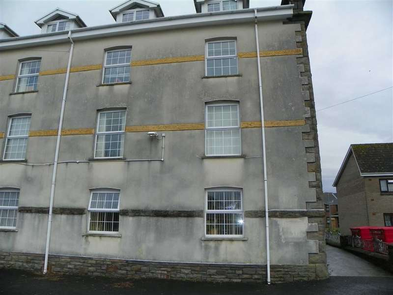 2 Bedrooms Flat for sale in Dock Chapel, Embankment Road, Llanelli