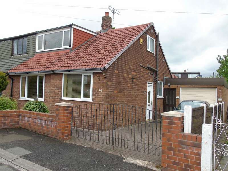 3 Bedrooms Semi Detached Bungalow for sale in Westmorland Avenue, Dukinfield sk16
