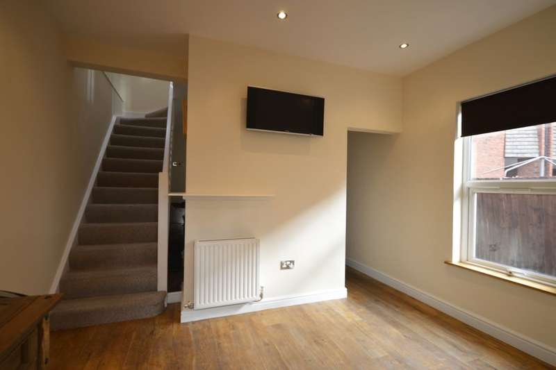 2 Bedrooms Property for sale in Salop Road, Oswestry, SY11
