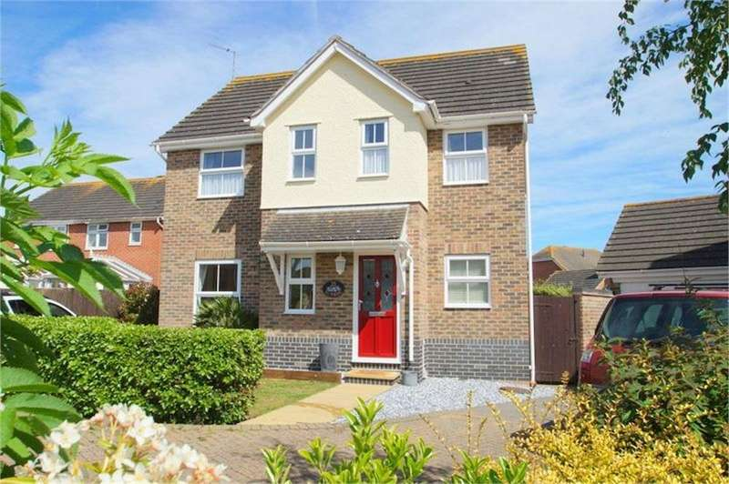 4 Bedrooms Detached House for sale in Selsey Avenue, CLACTON-ON-SEA, Essex