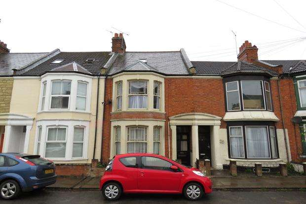 4 Bedrooms Terraced House for sale in Lutterworth Road, Abington, Northampton, NN1