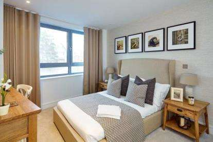 3 Bedrooms Flat for sale in Station Road, New Barnet, Barnet