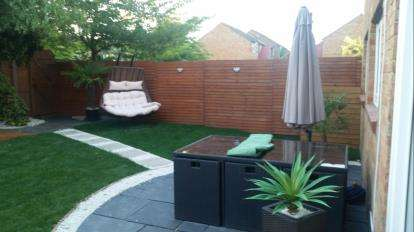 2 Bedrooms Flat for sale in The Gelt, Bedford, Bedfordshire