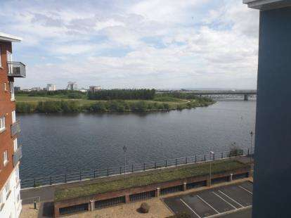 2 Bedrooms Flat for sale in Jim Driscoll Way, Cardiff, Caerdydd