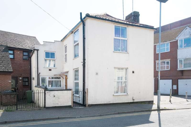 1 Bedroom Ground Flat for sale in South Market Road, Great Yarmouth