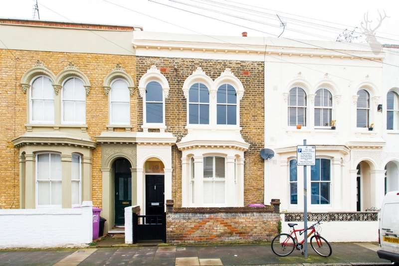3 Bedrooms House for sale in Strahan Road, Bow, E3