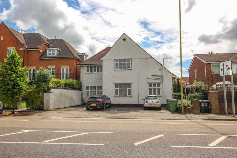 1 Bedroom Flat for sale in Eastbury Road, Oxhey