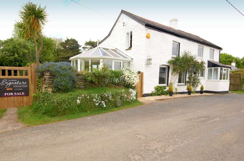 3 Bedrooms Detached House for sale in Harrowbarrow, Callington. PL17 8JG