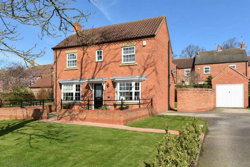 4 Bedrooms Detached House for sale in Copperclay Walk, Easingwold, York, YO61 3RU