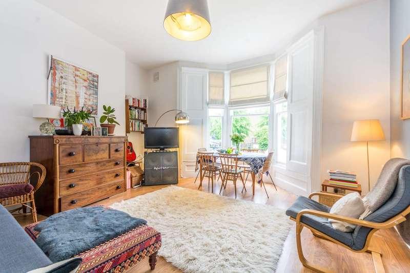 1 Bedroom Flat for sale in Amhurst Road, Stoke Newington, N16