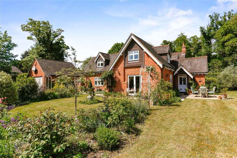 5 Bedrooms Detached House for sale in Henley Road, Maidenhead, Berkshire, SL6