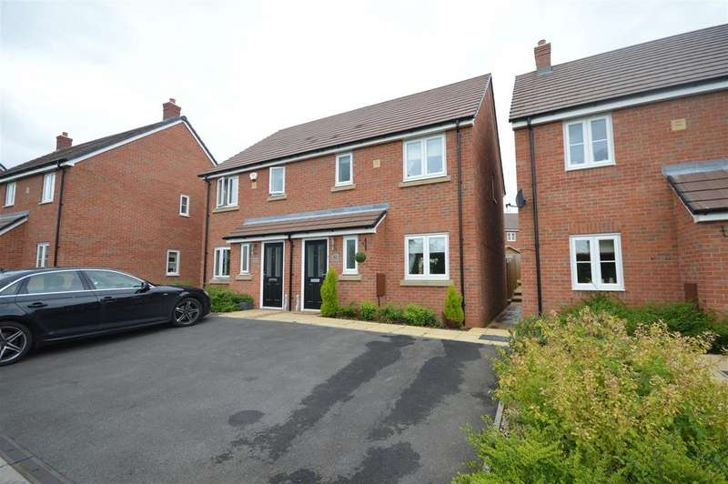 3 Bedrooms Semi Detached House for sale in Farndon Avenue, Marston Green, Birmingham