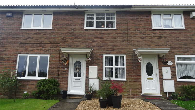 2 Bedrooms Link Detached House for sale in The Pastures, Barry